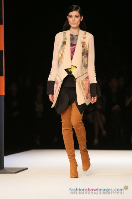 just-cavalli-milan-fashion-week-autumn-winter-2014-00095