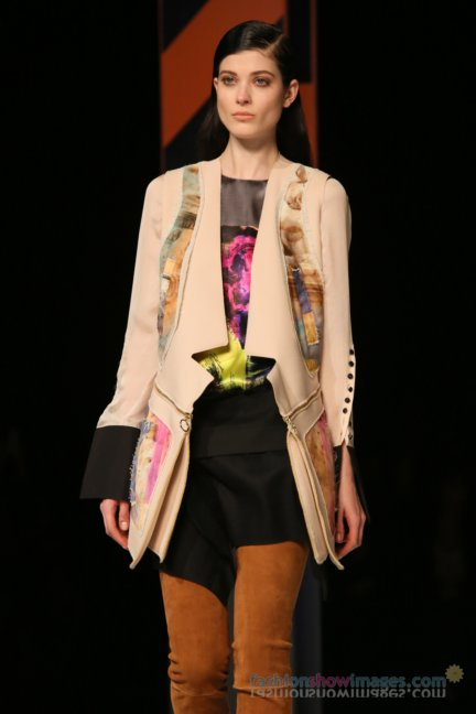 just-cavalli-milan-fashion-week-autumn-winter-2014-00097