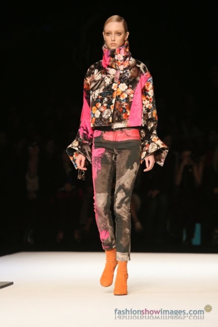 just-cavalli-milan-fashion-week-autumn-winter-2014-00118