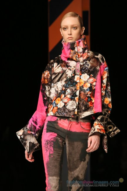 just-cavalli-milan-fashion-week-autumn-winter-2014-00120