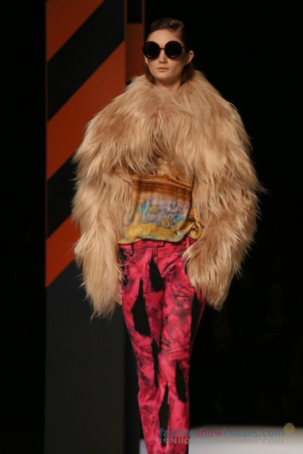 just-cavalli-milan-fashion-week-autumn-winter-2014-00122