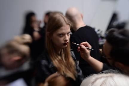 backstage-maxmara-milan-fashion-week-autumn-winter-2014-00005