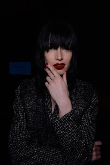 backstage-maxmara-milan-fashion-week-autumn-winter-2014-00110