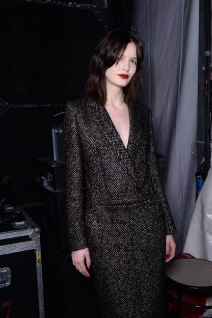 backstage-maxmara-milan-fashion-week-autumn-winter-2014-00114