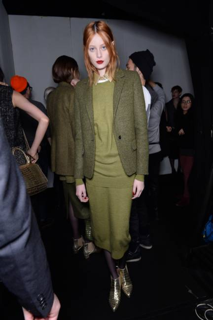 backstage-maxmara-milan-fashion-week-autumn-winter-2014-00123