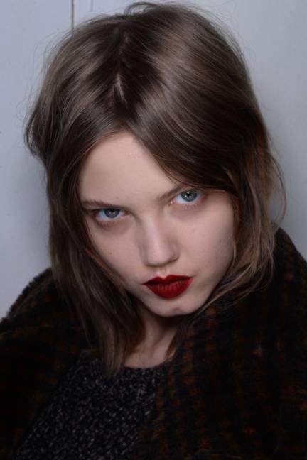 backstage-maxmara-milan-fashion-week-autumn-winter-2014-00145