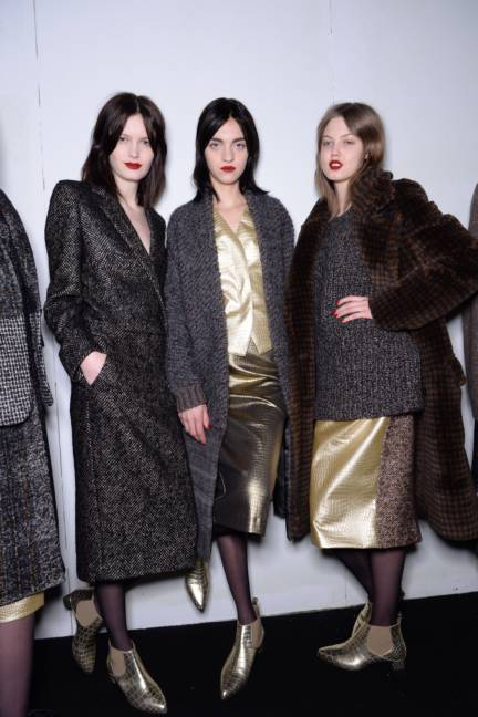 backstage-maxmara-milan-fashion-week-autumn-winter-2014-00146