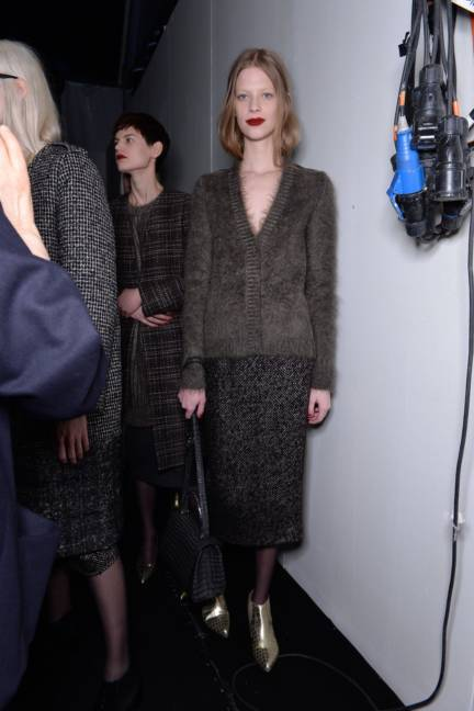 backstage-maxmara-milan-fashion-week-autumn-winter-2014-00148