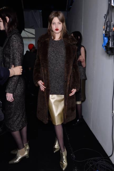 backstage-maxmara-milan-fashion-week-autumn-winter-2014-00154