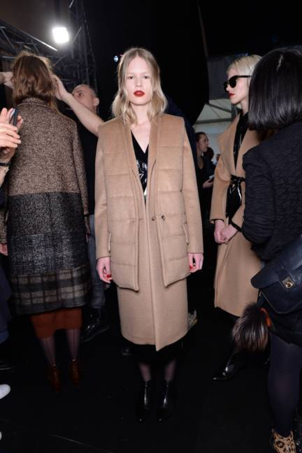 backstage-maxmara-milan-fashion-week-autumn-winter-2014-00158