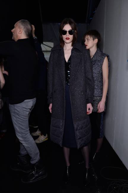 backstage-maxmara-milan-fashion-week-autumn-winter-2014-00166