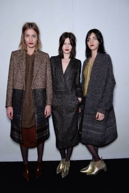 backstage-maxmara-milan-fashion-week-autumn-winter-2014-00175