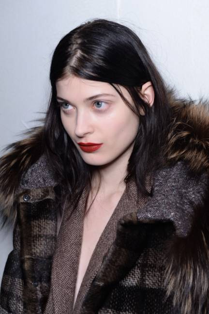 backstage-maxmara-milan-fashion-week-autumn-winter-2014-00176