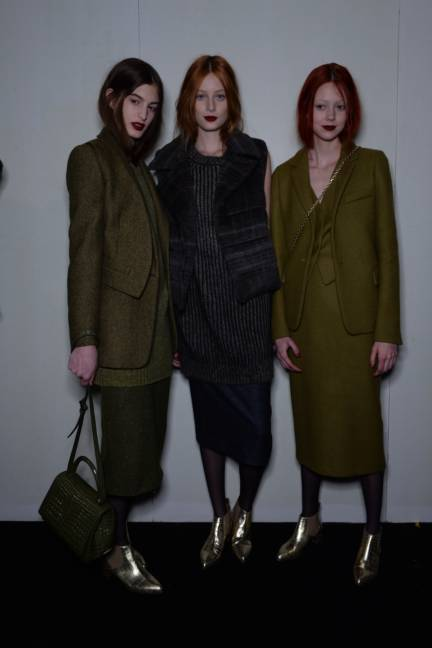 backstage-maxmara-milan-fashion-week-autumn-winter-2014-00182