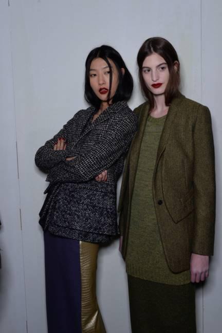 backstage-maxmara-milan-fashion-week-autumn-winter-2014-00191
