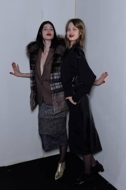 backstage-maxmara-milan-fashion-week-autumn-winter-2014-00200
