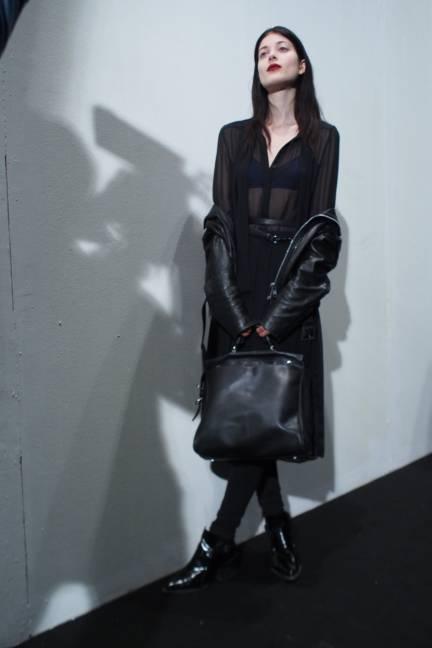 backstage-maxmara-milan-fashion-week-autumn-winter-2014-00220