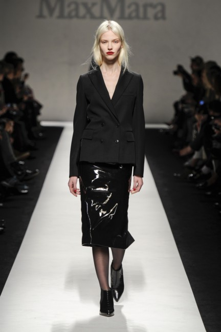 max-mara-milan-fashion-week-autumn-winter-2014-00039