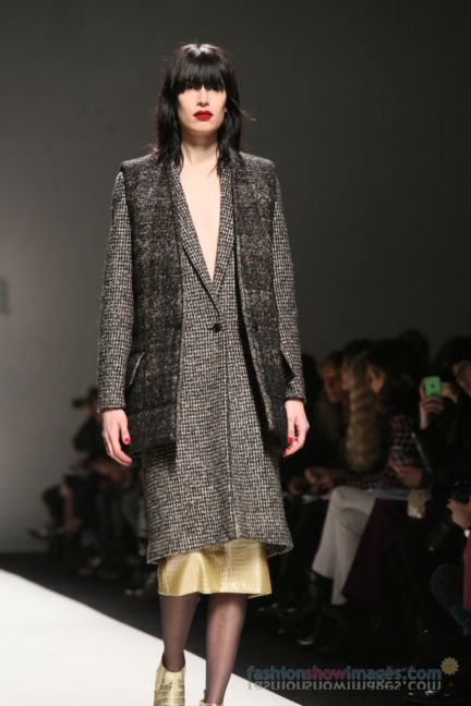 max-mara-milan-fashion-week-autumn-winter-2014-00002