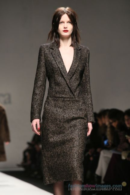 max-mara-milan-fashion-week-autumn-winter-2014-00034