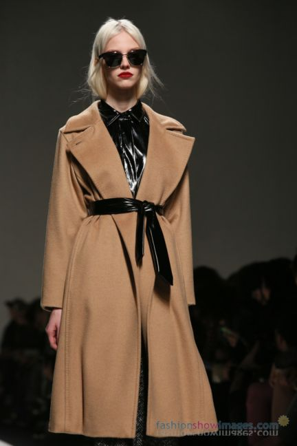 max-mara-milan-fashion-week-autumn-winter-2014-00053