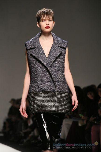 max-mara-milan-fashion-week-autumn-winter-2014-00068