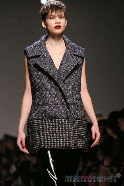 max-mara-milan-fashion-week-autumn-winter-2014-00069