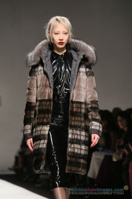 max-mara-milan-fashion-week-autumn-winter-2014-00071
