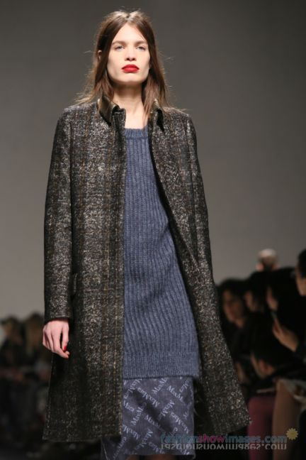 max-mara-milan-fashion-week-autumn-winter-2014-00075