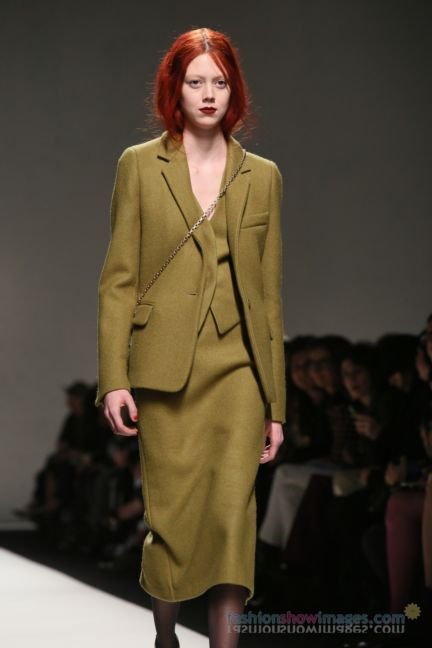 max-mara-milan-fashion-week-autumn-winter-2014-00080