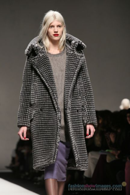 max-mara-milan-fashion-week-autumn-winter-2014-00108