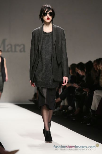 max-mara-milan-fashion-week-autumn-winter-2014-00115