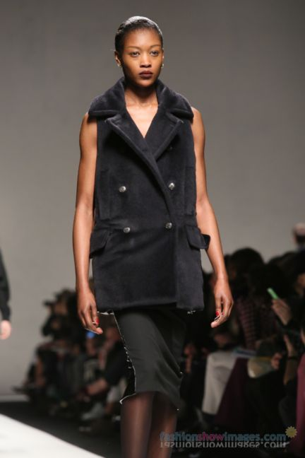 max-mara-milan-fashion-week-autumn-winter-2014-00123