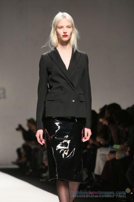 max-mara-milan-fashion-week-autumn-winter-2014-00130