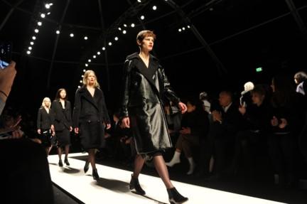 max-mara-parterre-milan-fashion-week-autumn-winter-2014-00034