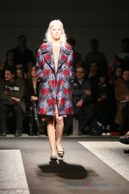 no21-milan-fashion-week-autumn-winter-2014-00001