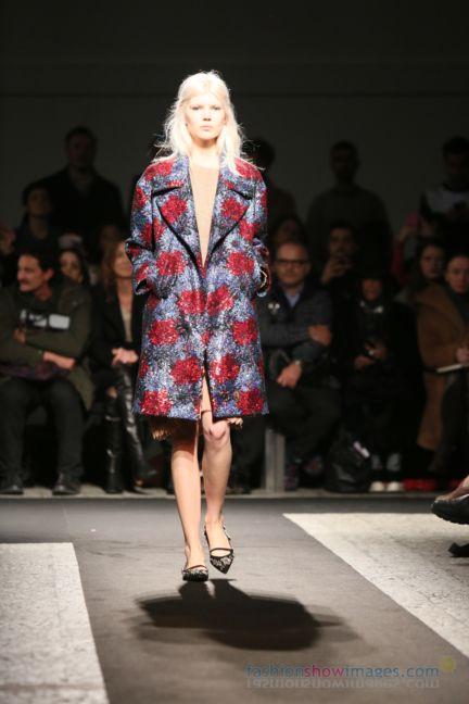 no21-milan-fashion-week-autumn-winter-2014-00001