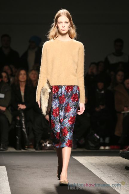 no21-milan-fashion-week-autumn-winter-2014-00005