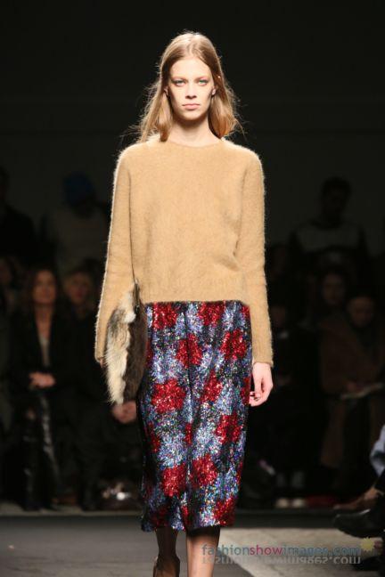 no21-milan-fashion-week-autumn-winter-2014-00006