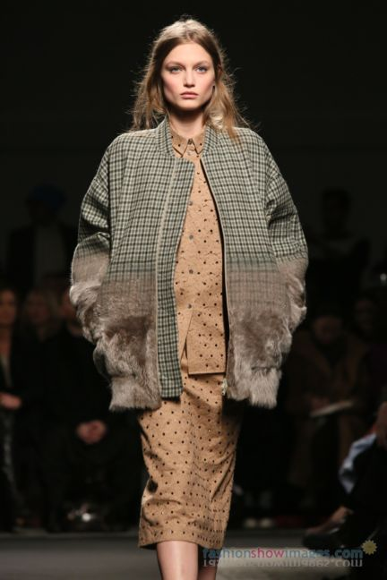 no21-milan-fashion-week-autumn-winter-2014-00024