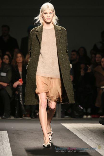 no21-milan-fashion-week-autumn-winter-2014-00026