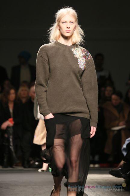 no21-milan-fashion-week-autumn-winter-2014-00030