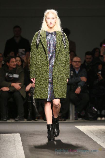 no21-milan-fashion-week-autumn-winter-2014-00039
