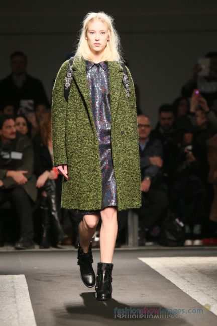 no21-milan-fashion-week-autumn-winter-2014-00040