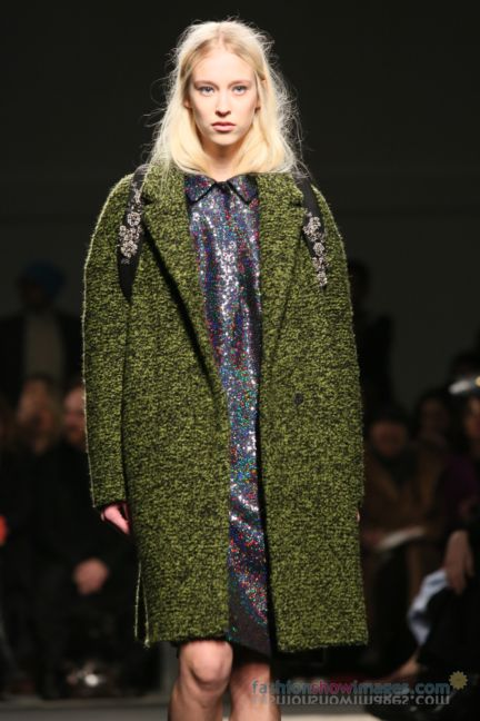 no21-milan-fashion-week-autumn-winter-2014-00042