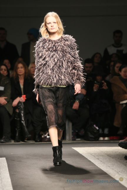 no21-milan-fashion-week-autumn-winter-2014-00044