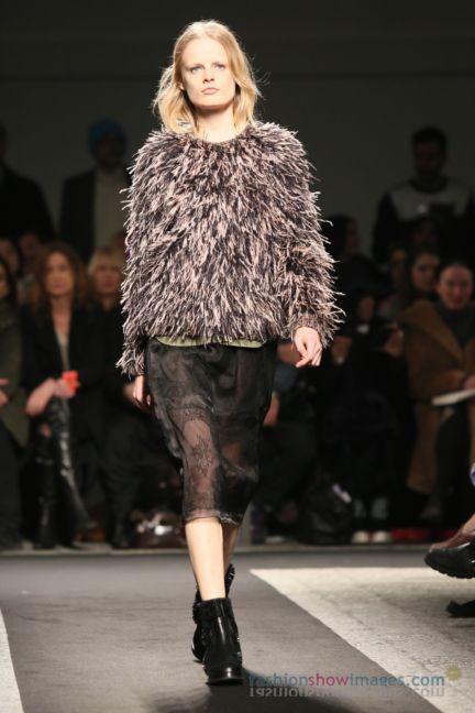 no21-milan-fashion-week-autumn-winter-2014-00046