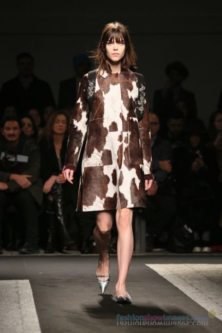 no21-milan-fashion-week-autumn-winter-2014-00055