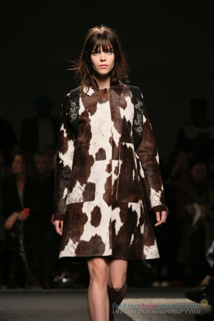 no21-milan-fashion-week-autumn-winter-2014-00056