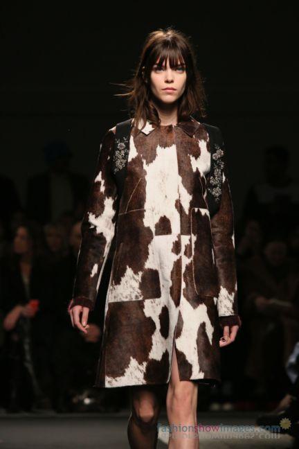 no21-milan-fashion-week-autumn-winter-2014-00057